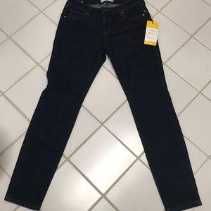 Cabi 5493 Rinse Skinny Jeans Size 6